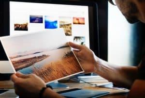 introvert-business-ideas-graphic-designer